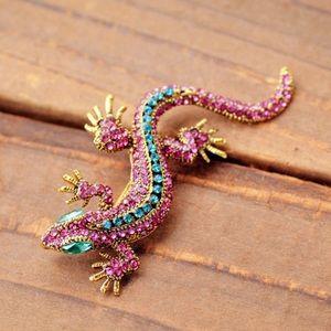 Jewelry - Fashion Pin